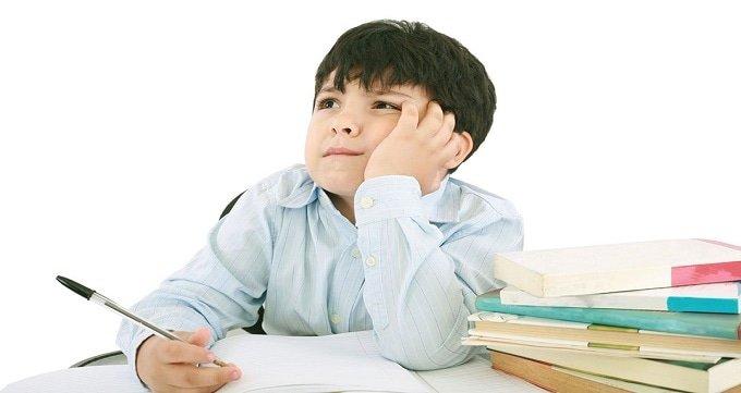 علائم و نشانه های ناتوانی در یادگیری: سن پیش دبستانی
