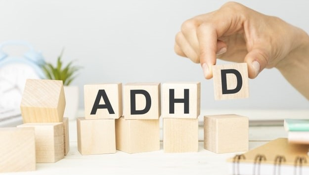 بیش فعالی چیست ADHD چیست